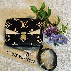 Louis Vuitton Bi Color Pochette Métis Black Beige